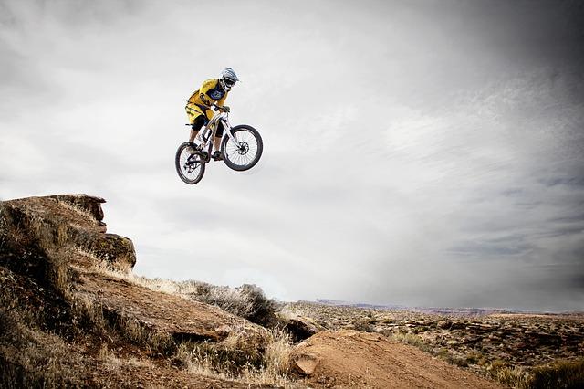 skoky na kole.jpg