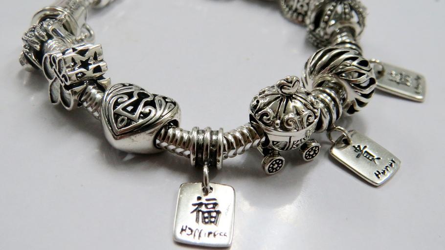 Strieborný náramok, ázijská symbolika.jpg